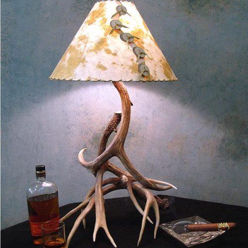 Mule Deer Antler Table Lamp The Peak Antler Lighting Co